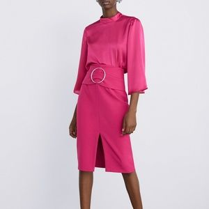 ZARA SKIRT PINK WITH BUCKLE NWT FRONT SLIT